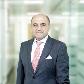 Dr Maged Mina